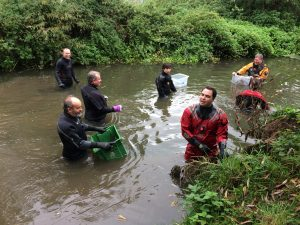 Volunteers clearing the river Great Ouse at the River Rinse