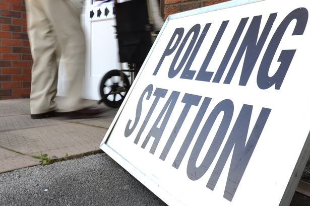 image of polling station sign