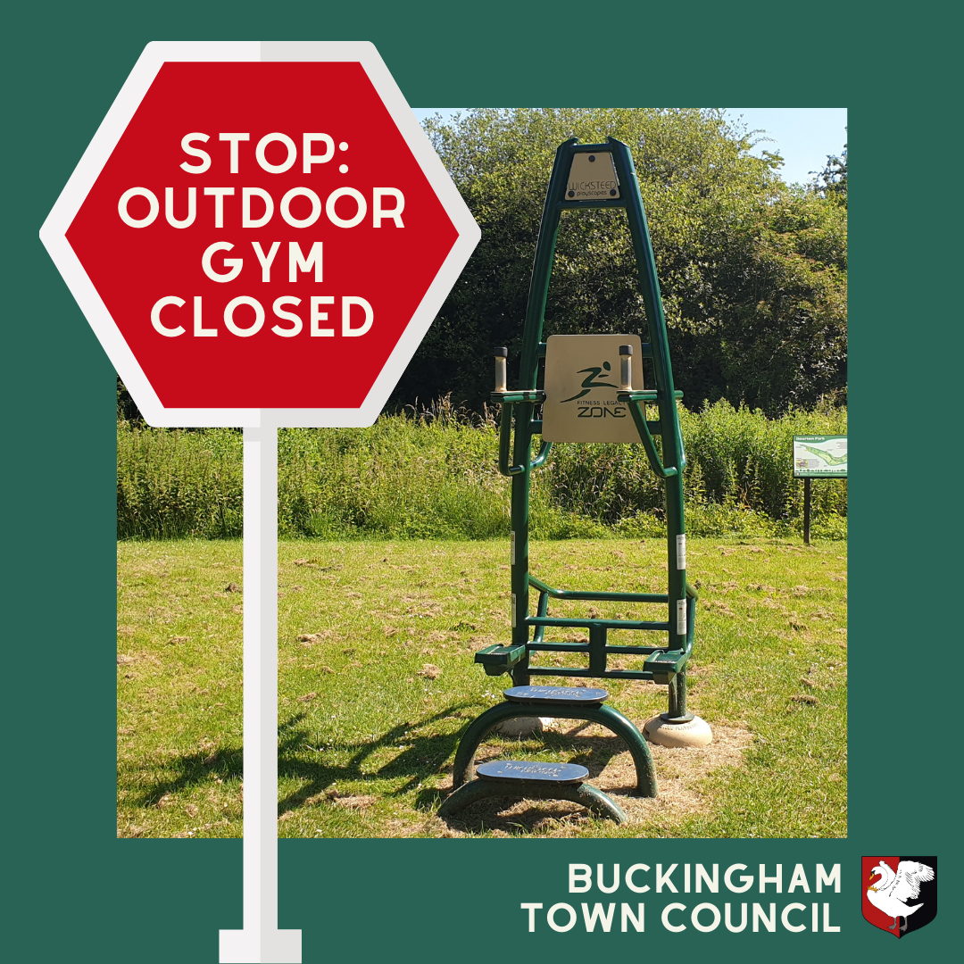 Outdoor Gyms closed sign showing trim trail in park